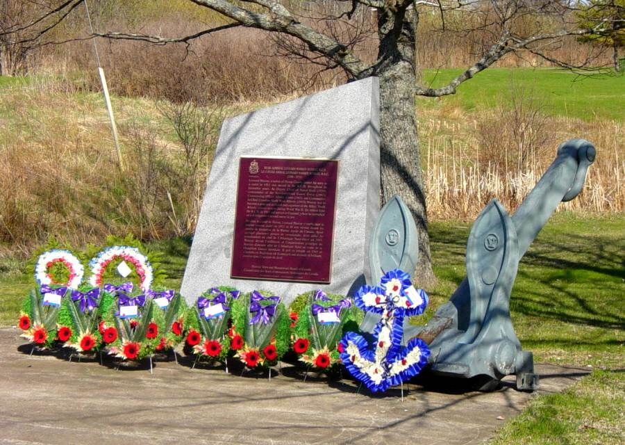 Nova Scotia, Pictou Landing: Admiral Leonard Murray monument