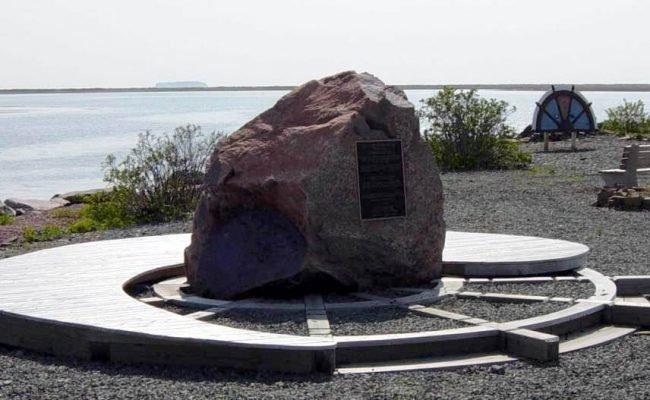 Advocate Harbour: Advocate Memorial Park, June 2003 -7