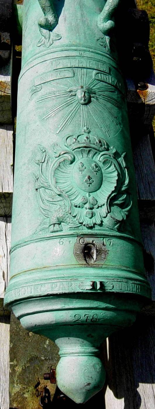 Fort Anne bronze cannon -6