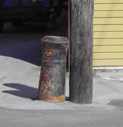 Nova Scotia, Bear River: cast iron cannon