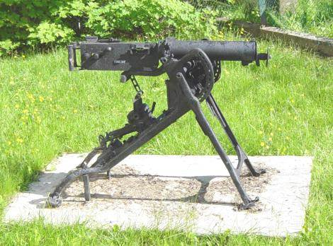 Nova Scotia, Bear River: Machine gun, military memorial -14