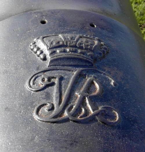 Lunenburg: Blockhouse Hill cast iron cannon