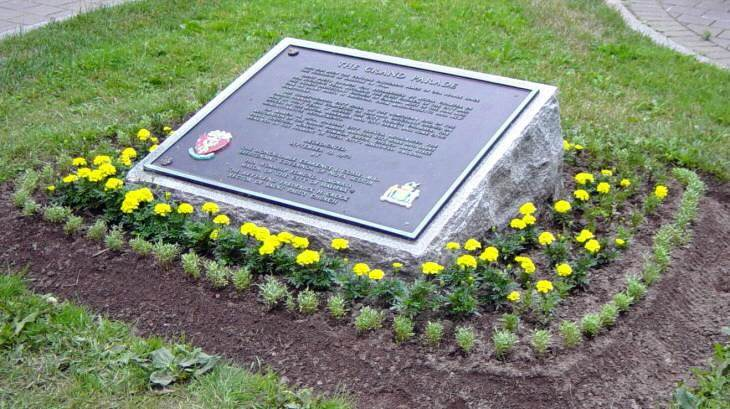 Grand Parade plaque in front of City Hall