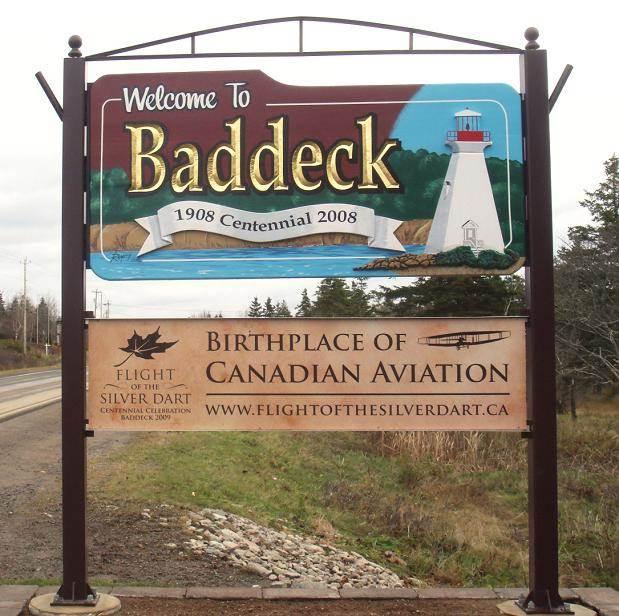 Baddeck, Nova Scotia: Highway sign at west entrance