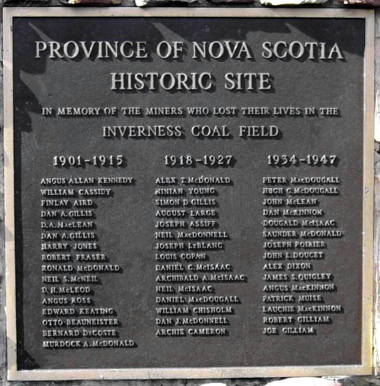 Inverness: coal miners monument -2