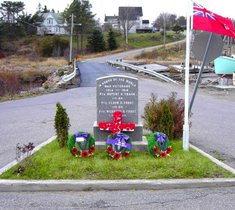 Little River war memorial, Rememberance Day 2005