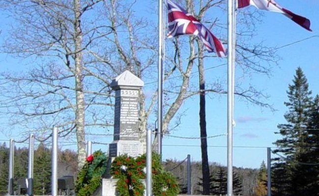 Parkdale-Maplewood monument: after Rememberance Day 2005 -6