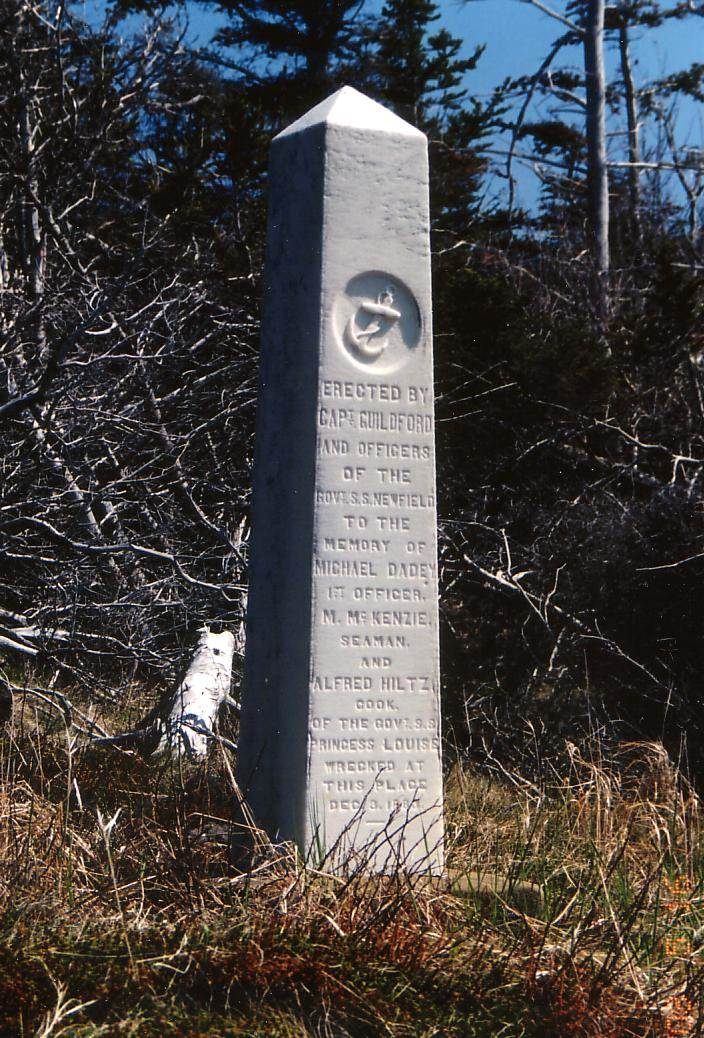 Point Prim: SS Princess Louise monument