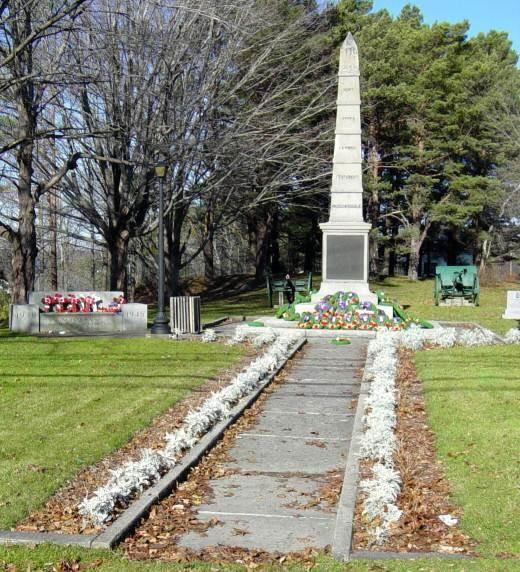 War memorial monument, Shelburne: general view looking north