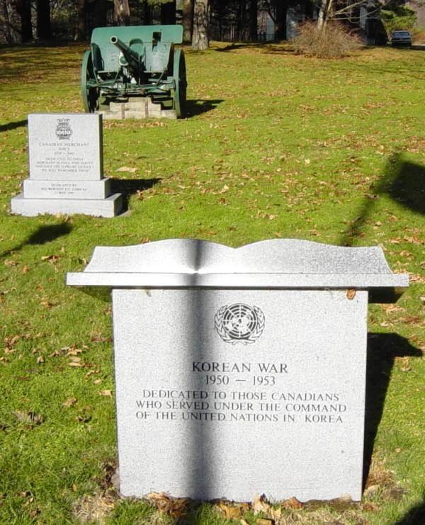 Korean war memorial, Shelburne: looking north